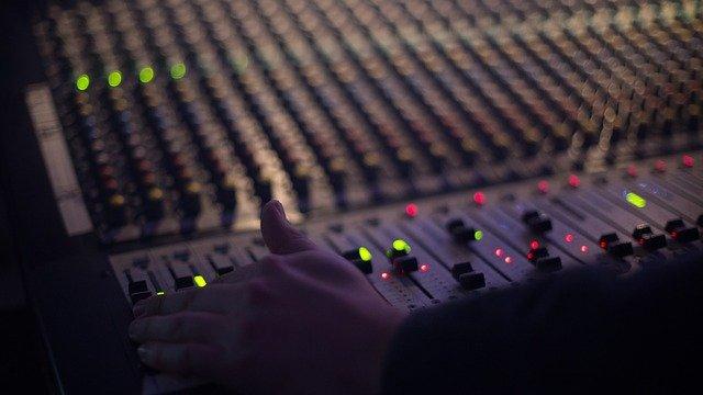 Quanto costa promuoversi in radio?