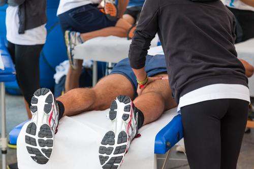 I vantaggi del massaggio decontratturante per gli atleti